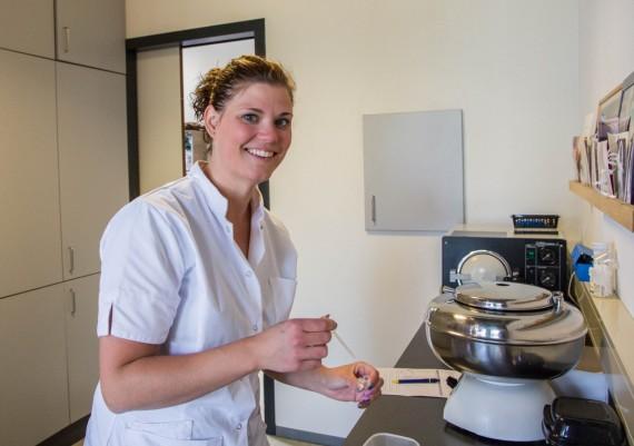 Patricia Kok-den Braber   paraveterinair